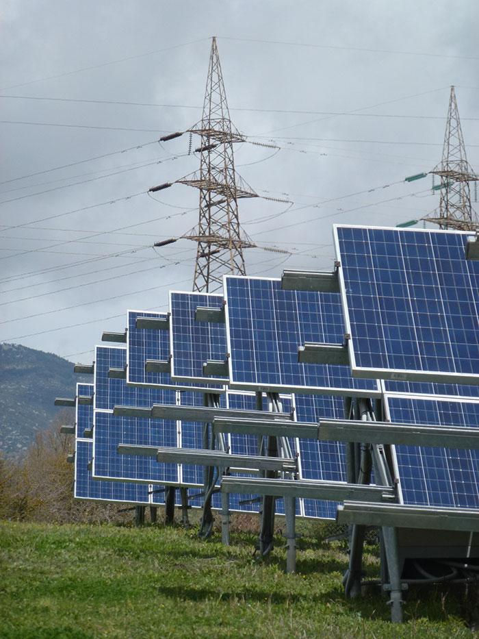fotovoltaiko parko athinaio pindos energeiaki 6